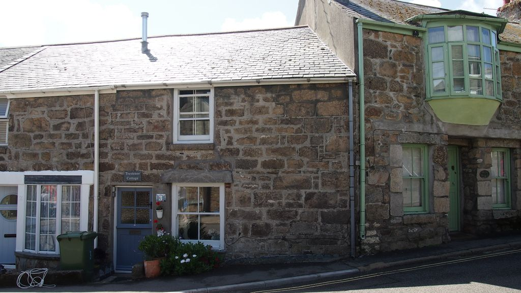 saint ives holiday cottage grade 2 listed traditional miners cottage