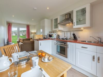 Photo for Enjoy a relaxing time away, in this cosy single-storey one-bedroom cottage