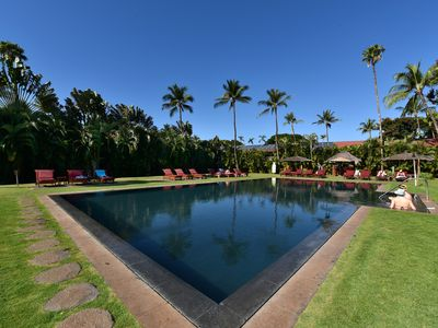 Photo for AN I 204 Walk to Historic Lahaina Town - A Fun Family Resort