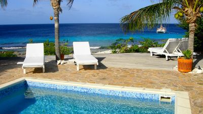 This could be your view from the terras at Villa Kiki. Beautiful oceanview.