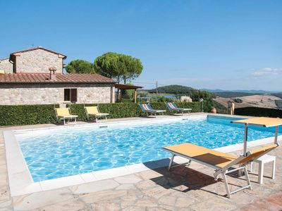 Photo for 3 bedroom Villa, sleeps 6 in Podere Monte Miccioli with Pool, Air Con and WiFi