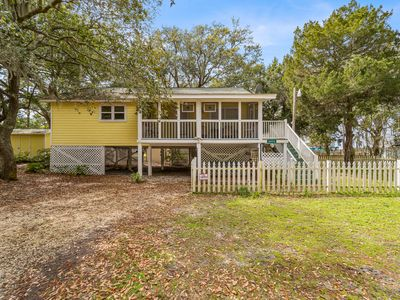 Photo for Adorable 2 bedroom home on the Bay, deeded access to Mobile Bay and use of shared pier.