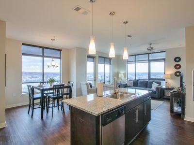 Photo for Luxurious Downtown Top FloorCorner unit 2 bed 2bath-City and River Views-#611