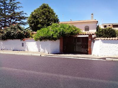 Photo for Lovely apartment just steps from the train station and the center of Ladispoli,