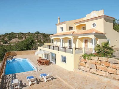 Photo for 4 bedroom villa w/ fantastic views. Ideal for families w/ young kids