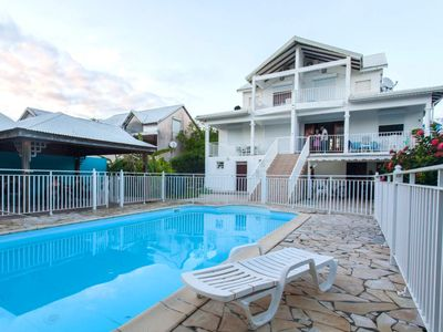Photo for Beautiful apt with swimming-pool