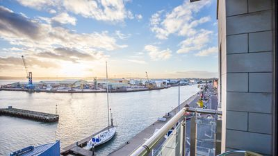 Photo for Sunseeker - Two Bedroom Apartment, Sleeps 4