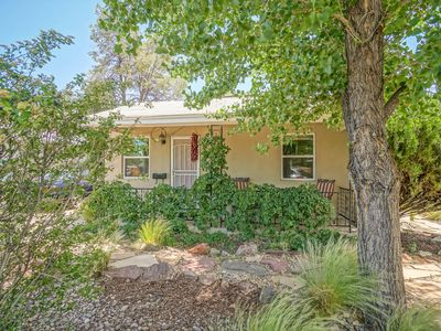 Photo for Peaceful, Green Valley Oasis Home, 2bd/1ba