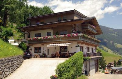 Photo for Zillertal-UrlaubAT0012 Apartment for 4-8 persons