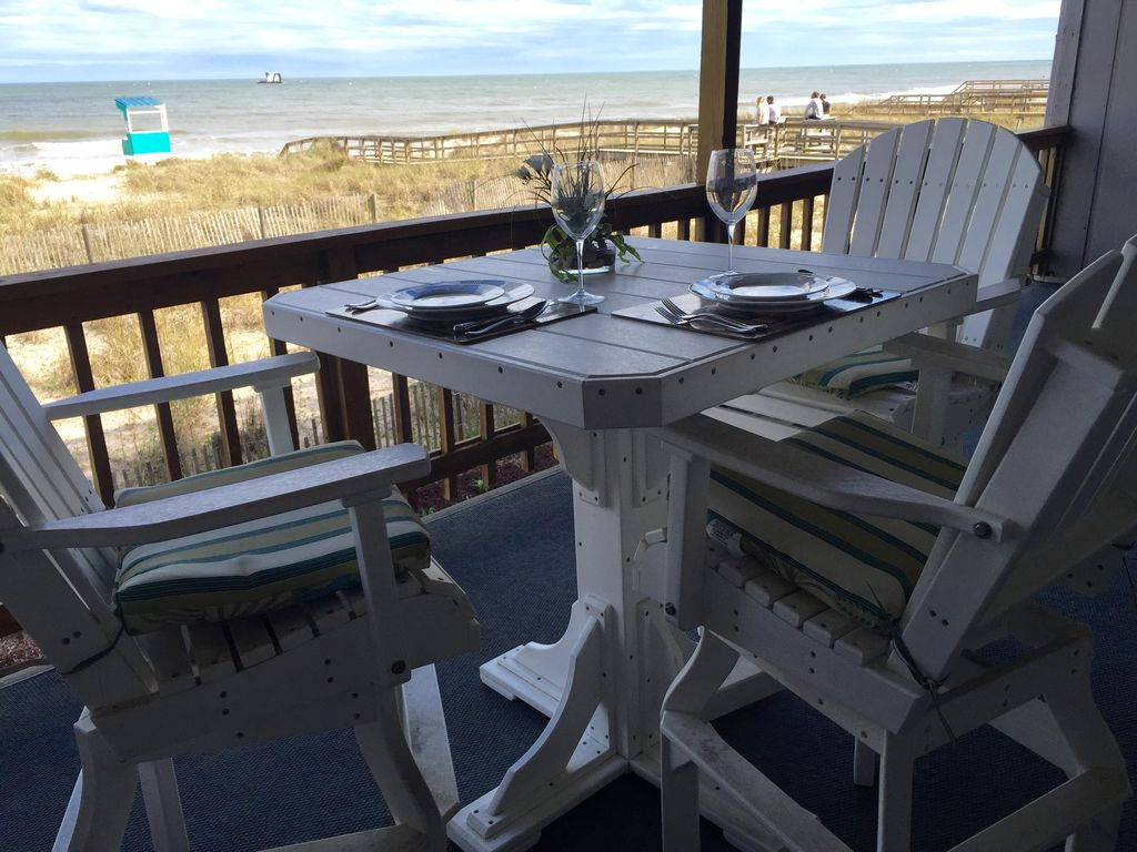 Oceanfront Dining At Its Best!