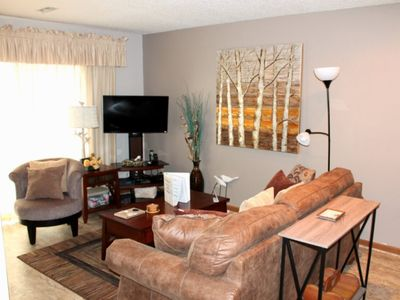 Photo for Gorgeous Condo 1 bed 1 bath- Sweet Retreat! Panoramic view of Table Rock Lake, overlooks pool.
