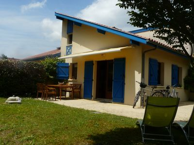 Photo for Detached house with swimming pool, children's club in the condominium