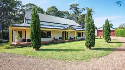 Photo for Curringa Cottage - private and stylish country cottage, stay 3 nights for price of 2