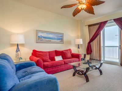 Photo for Bright and welcoming 17th-floor condo! Gorgeous gulf-front views! Free beach chairs and umbrella!