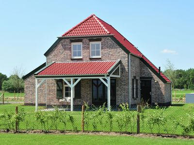 Photo for Comfortable farm villa, located on a park with various facilities, including a covered swimming pool