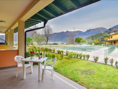 Photo for Edera apartment in Lago d'Iseo with WiFi, private parking & private roof terrace.