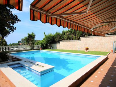 Photo for 5BR House Vacation Rental in Cataluña