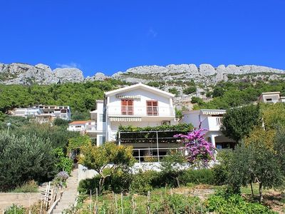 Photo for Apartments Nikola, (14012), Pisak, Omis riviera, Croatia