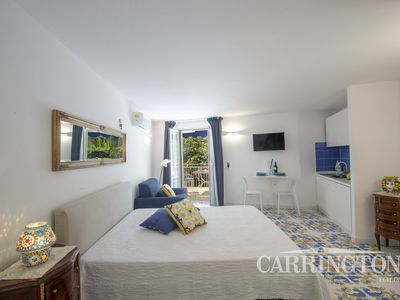 Photo for Central in Positano, Walking Distance to Beach