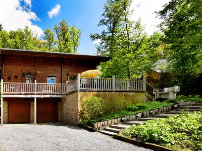 Photo for Magnificent chalet in quiet area with cozy interior, ideal for families