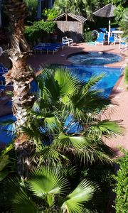 Photo for Relaxing Retreat...Steps From the Beach in South Padre