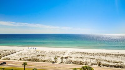 Photo for P1-1007 3BD Elite Gulf View Sleeps 10 and Includes Beach Chairs!