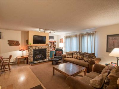 Photo for Nice Ski-in/Walk-out condo, sleeps 9, outdoor hot tub, free wifi, & parking.