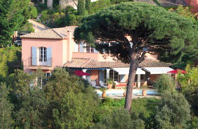 Photo for 5BR Villa Vacation Rental in Sainte-Maxime, Provence-Alpes-Côte-D'Azur