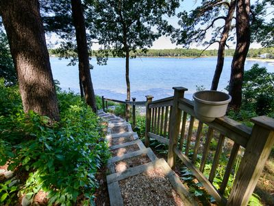 Photo for Spacious 2 Bedroom Lakefront Suite
