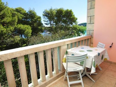 Photo for Two bedroom apartment near beach Lumbarda, Korčula (A-9300-a)