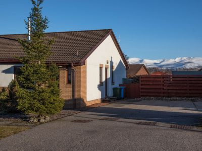 Photo for Cottage in quiet location but close to all amenities of Aviemore