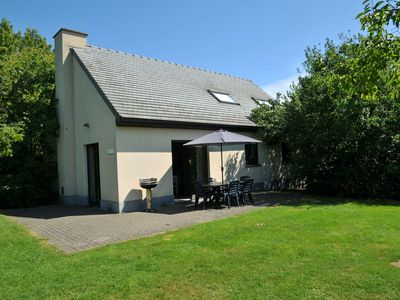 Photo for Holiday home with jacuzzi and steam room, situated in the forest