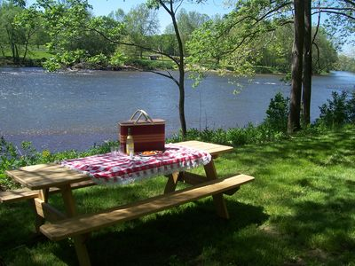 Enjoy a Picnc by the River~right in the Front Yard!