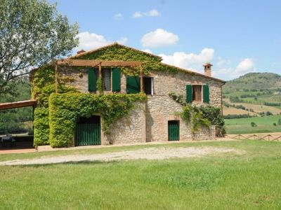 Photo for Rural country house with swimming pool, is located near the town of Fabro Scalo