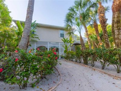 Cozy BeachView Home, Private Pool, Spa, Cart, Club Use