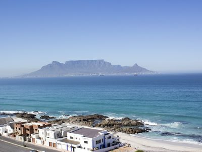Photo for Stunning Views, the Sea & Table Mountain!