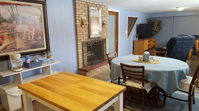 Dining area with coffee bar, with coffe/tea/hot chocolate and snacks