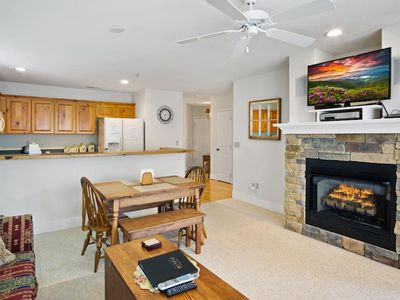 Photo for Evergreens 1022/Close to High Country Attractions/Gated Resort/2BR/Pools - Last minute Discount a...