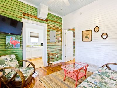 1930's Renovated Furnished Apartment, Hardwood Floors, Only Steps to Beach