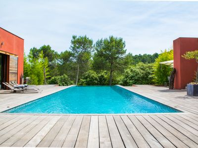 Photo for LUXURY CALIFORNIAN VILLA WITH ARTISTIC DECORATION IN MONTPELLIER 