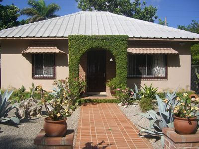 A Private Cottage Just Steps Away From the Beach and Hip Strip