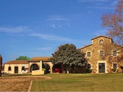 Photo for Fabulous rural farmhouse near Girona and the coast