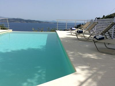 Photo for Fabulous Private Villa, Horizon Line Pool, Stunning Sea Views Over Agni Bay