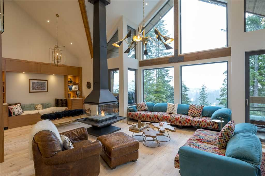 Northern Lights #10- Ski-in/Ski-Out Luxury 3.5 Bedroom