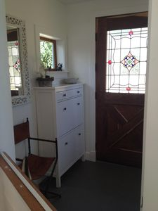 The Front entrance, includes a dutch door, great space for the dogs :)