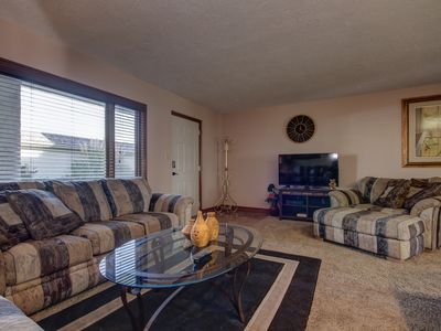 Photo for Las Palmas Resort 5 Pools | 1610 | Very Clean | Great Value | Bottom Level