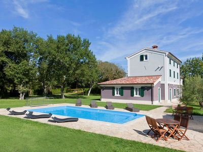 Photo for Holiday house Valbandon for 1 - 14 persons with 6 bedrooms - Villa