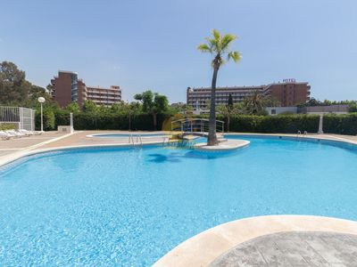 Photo for Nice and central apartment with pool located in Plaza Europa in Salou.