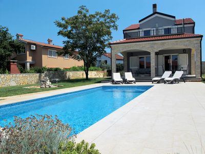 Photo for 2 bedroom Villa, sleeps 6 in Pomer with Pool, Air Con and WiFi