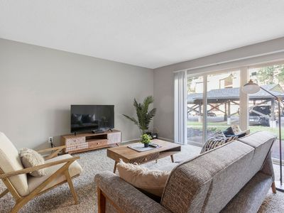 Photo for Spacious Suite + Lake Access + Gym